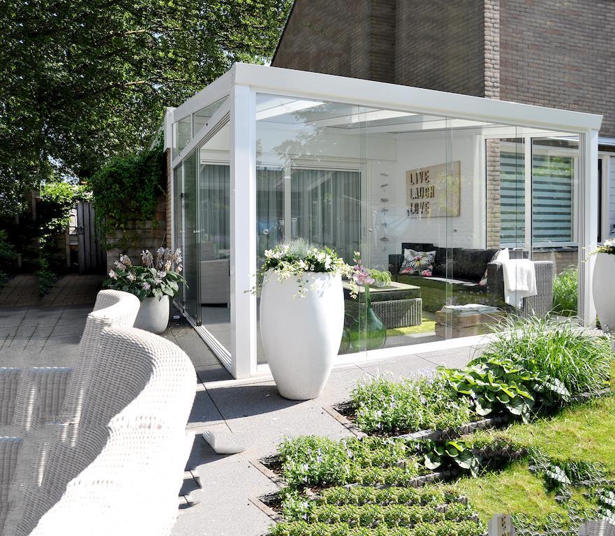 4_moderni-zimni-zahrada-z-hliniku-gardenroom.jpg