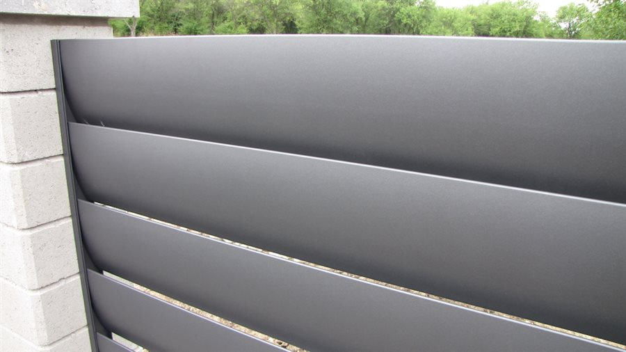 hlinikove-moderni-ploty-novavisio-aero.jpg